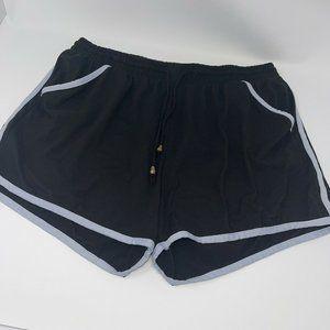 Black & White Track Short w/ Pockets Plus Size 1X